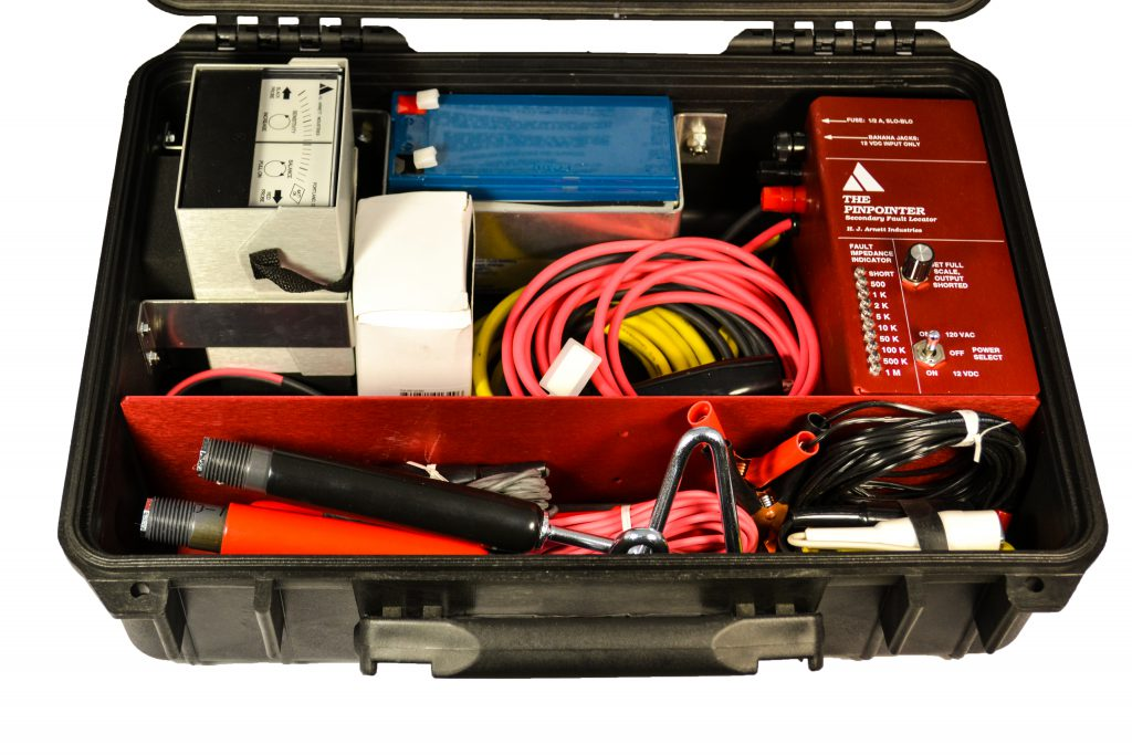 The Pinpointer with Rechargeable Battery Kit | PN: HJA-471 | PN: HJA-470-109 | Buried Secondary Fault Locator | Underground Secondary Fault Locator | Earth Gradient Fault Locator | HJ Arnett Industries